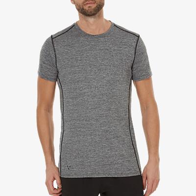 Girav Sportbekleidung, Modell Boston: Leichtes anthrazit meliertes Herren Funktionsshirt für grosse Männer. Mit den beiden HEIQ-Nano-Technologien Smart Temp und Fresh Tech veredelt. Sie halten den Oberkörper trocken und frisch. Normale Passform, Rundhals-