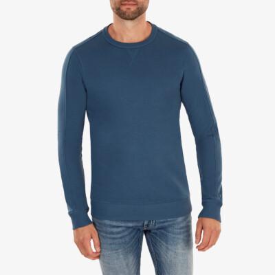 Cambridge Sweatshirt, Dark jeans